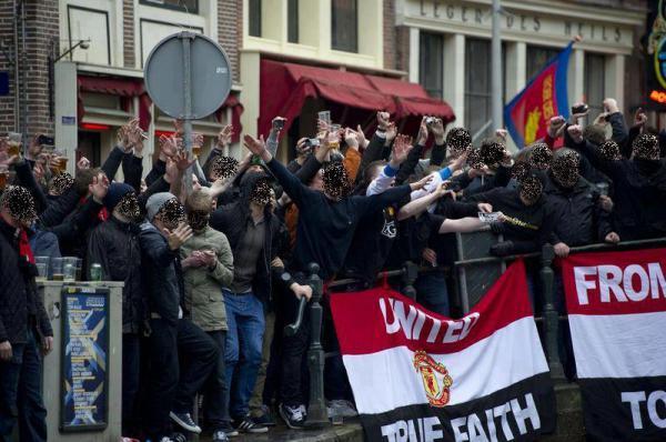 Ferguson-crede-alle-speranze-di-rimonta-del-Man-Utd-a--8-dall'-Arsenal.-Tifosi-Ajax-attaccano-a-Glasgow-quelli-dei-Celtic..jpg
